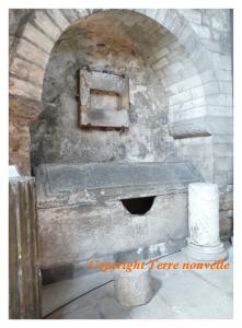 Sarcophage de Saint Mamert - Basilique Saint Pierre de Vienne