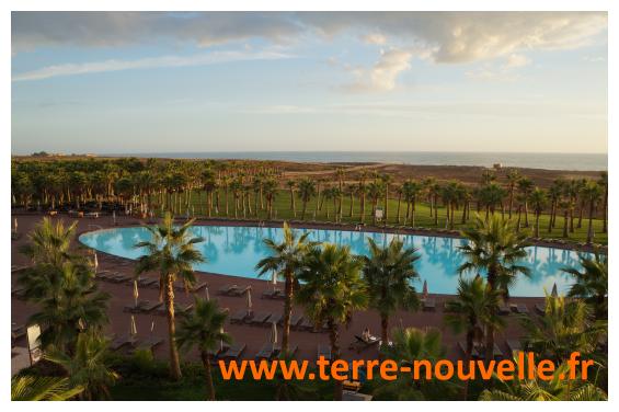La piscine de notre hôtel en Algarve, sud du portugal, un hôtel 5 étoiles...