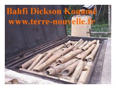 four chargé en bambou