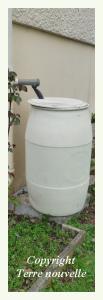 tonneau pour récupérer l'eau de pluie