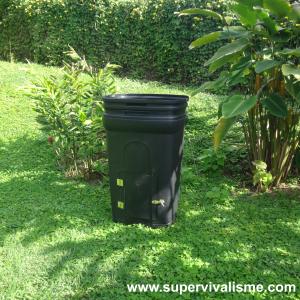 Fabrication d'un composteur durable : à partir d'un bac poubelle, pour moins de 40 dollars et en moins de 10 minutes