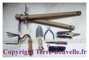 Survivalisme pour les femmes : des outils adaptés aux femmes