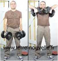 exercice aux haltères pour les épaules