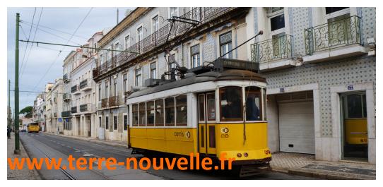 Voyage au Portugal : un autre tranway, on aime !